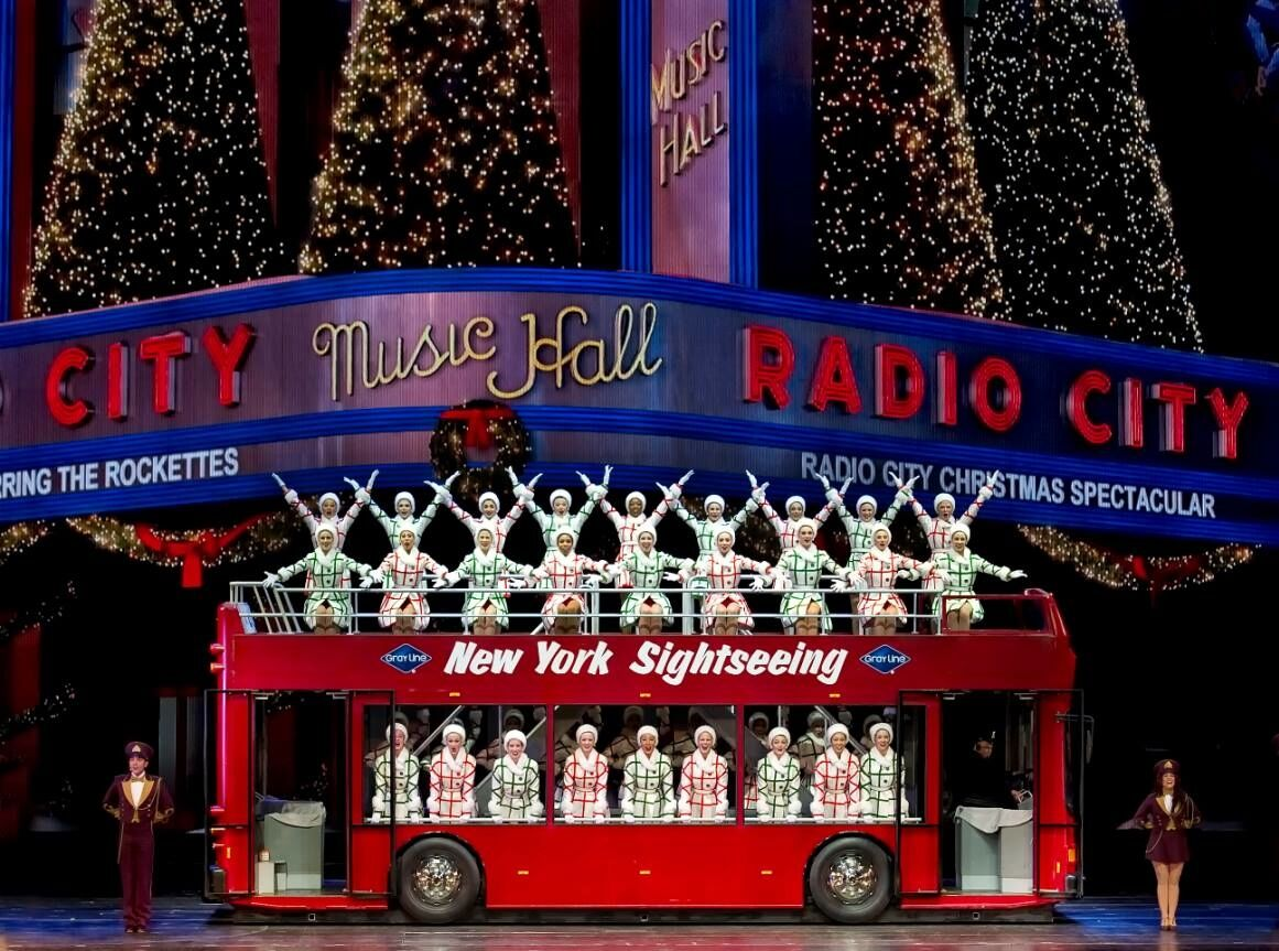 christmas spectacular starring the radio city rockettes - How Long Is The Radio City Christmas Show
